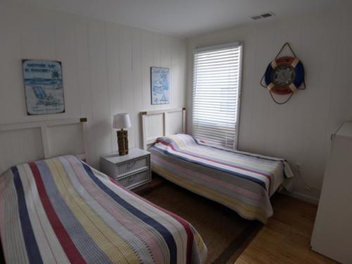 Upper Front Twin Bedroom
